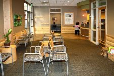 Lincoln Pediatric Dentistry East Office - patient seating