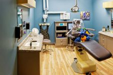 Lincoln Pediatric Dentistry East Office - patient treatment area